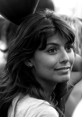 亚历桑德拉·马斯特罗纳迪 Alessandra Mastronardi