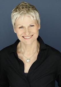 朱莉·勒米厄 Julie Lemieux
