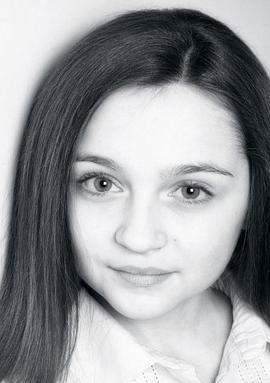 伊莎贝尔·莫洛伊 Isobelle Molloy
